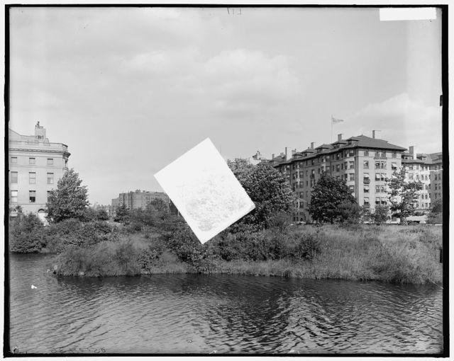 [Commonwealth Avenue (water called Muddy River), Boston, Mass.]
