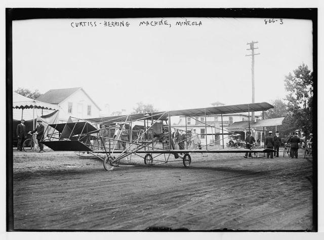 Curtiss-Herring flying machine, on ground, Mineola, L.I.
