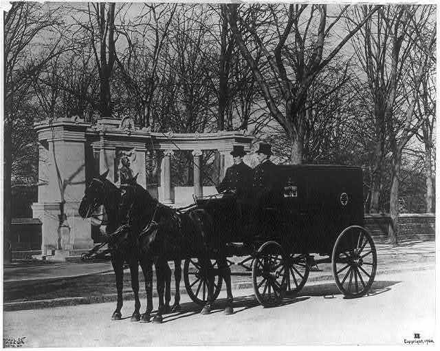 Delivery wagon of Pabst Brewing Company, N.Y.