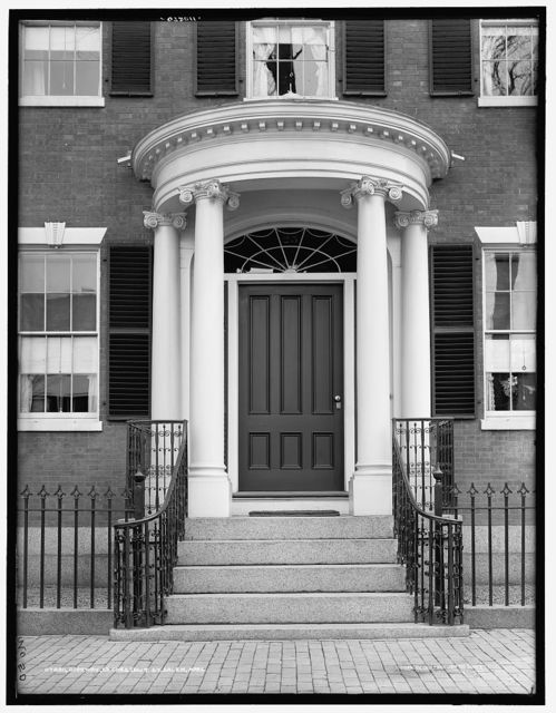 Doorway, 23 Chestnut St. [i.e. 128 Essex St.,Gardner-White-Pingree House], Salem, Mass.