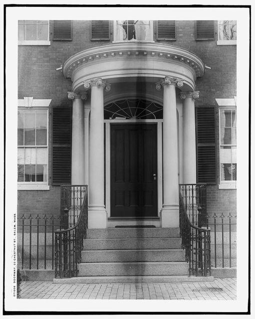 Doorway, 23 Chestnut St. [i.e. 128 Essex Street], Salem, Mass.