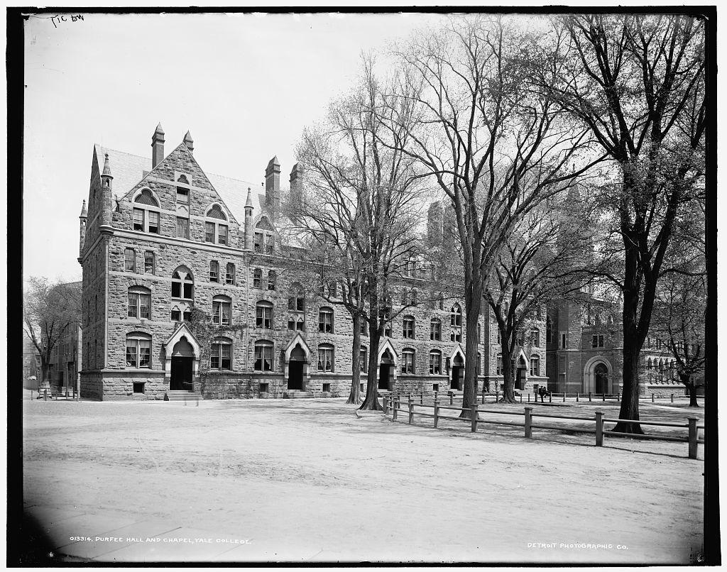 Durfee Hall and chapel, Yale College