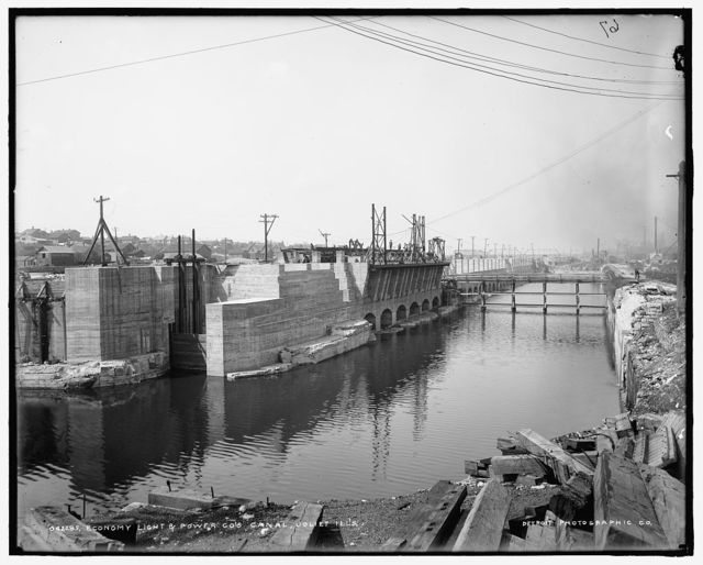 Economy Light & Power Co.'s canal, Joliet, Ill's.