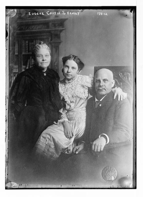 Eugene Chafin, wife, and daughter, photo: Schreurs, Chicago / Schreurs