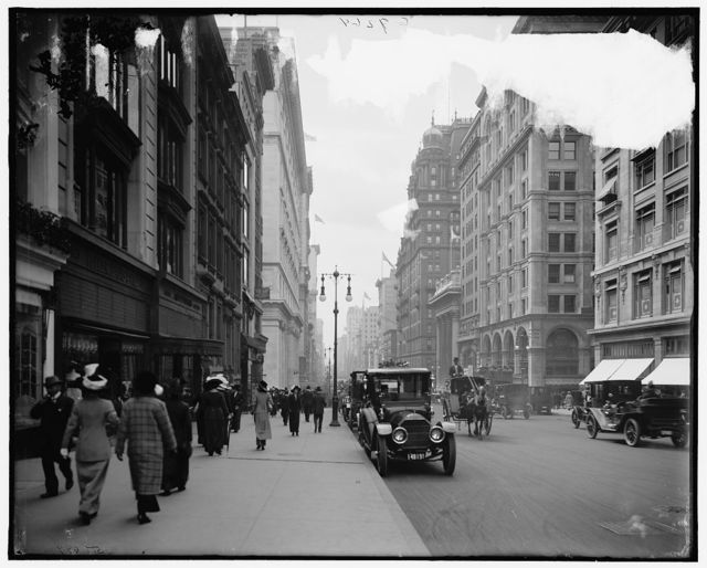 [Fifth Avenue, south from Thirty-sixth Street, New York, N.Y.]