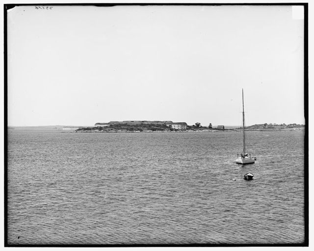 [Fort Scammell from Cushing Island, Me.]