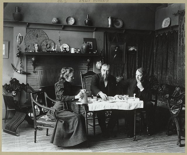 [Frances Benjamin Johnston having tea with Elbert Hubbard (far right) and an unidentified man (center) at her studio in Washington, D.C.]