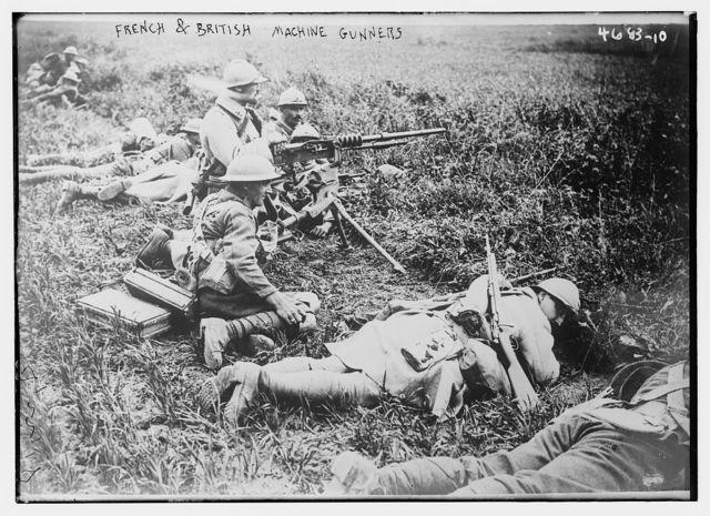 French & British machine gunners