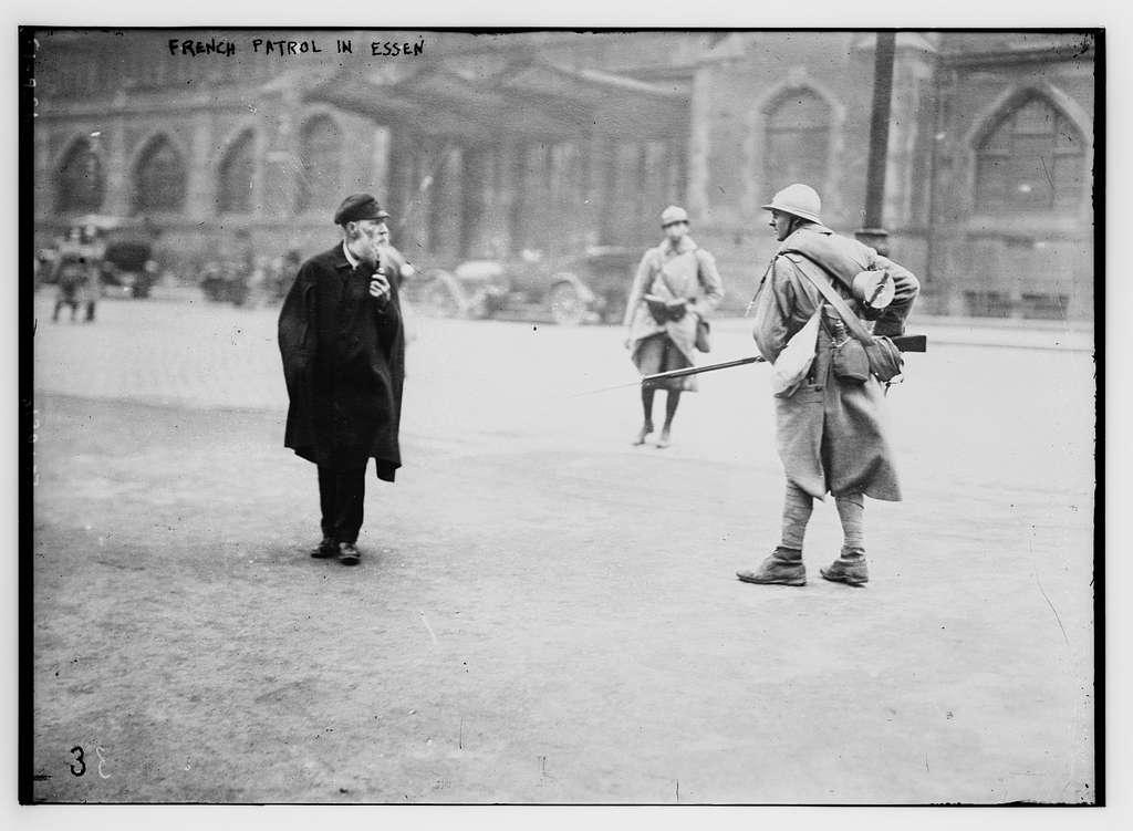 French patrol in Essen