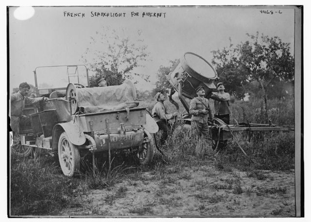 French searchlight for aircraft