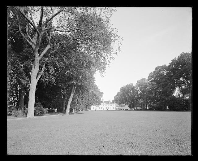 [From the west lawn, Mt. Vernon, Va.]