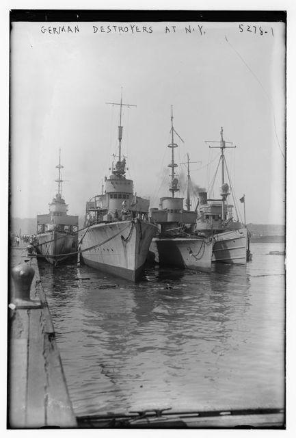 German destroyers at N.Y.