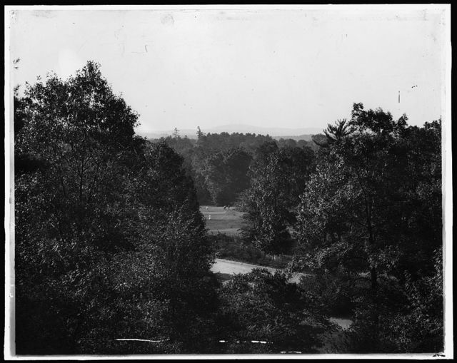 [Golf course in the mountains, possibly a New York resort]