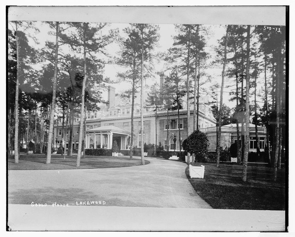 Gould House: Lakewood