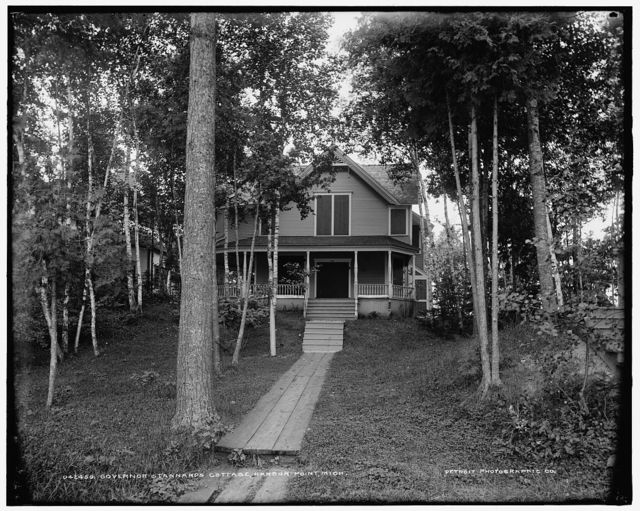 Governor Stannard's cottage, Harbor Point, Mich.