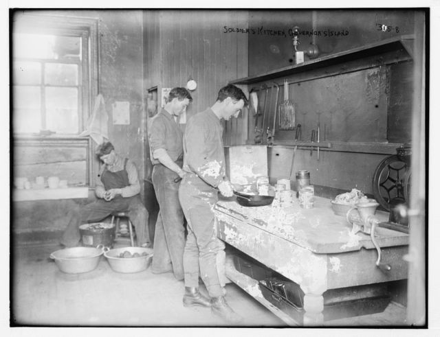 Gov.'s Isl.: soldier's kitchen