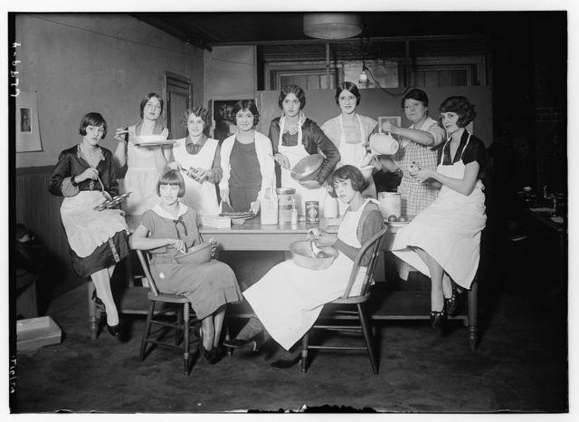 Gr. VIII. Follies cooking class