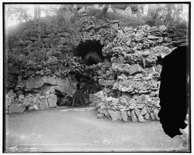 Grotto and spring, soldiers' home, Dayton, O[hio]