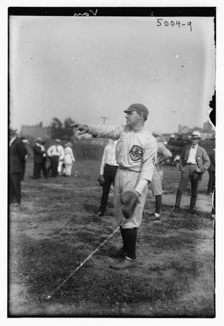[Gus Van, Vaudeville comic & singer (baseball)]
