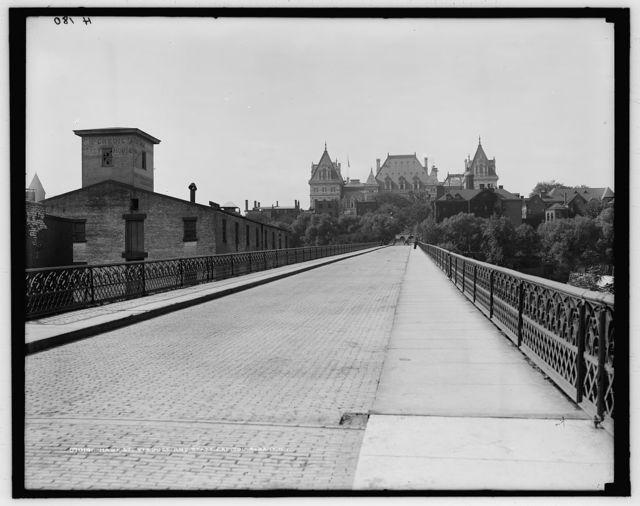 Hawk St. [Street] viaduct and state capitol, Albany, N.Y.