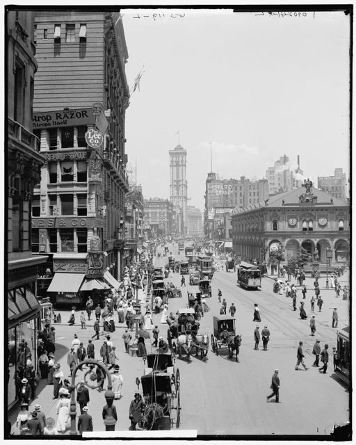 [Herald Square, New York, N.Y.]