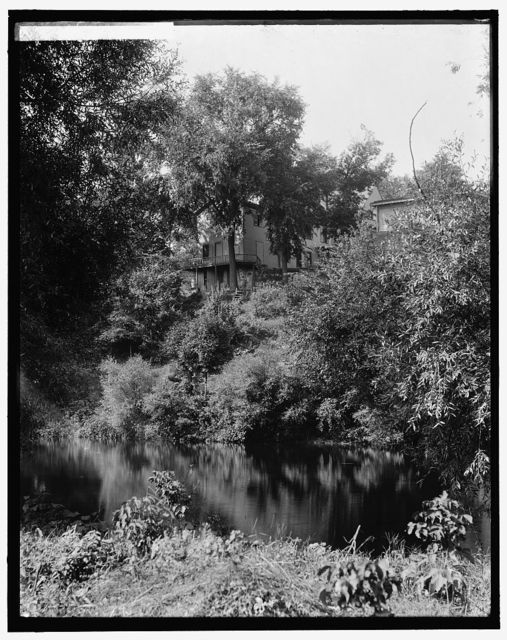 [House above river, probably the Huron River, Ypsilanti, Mich.]