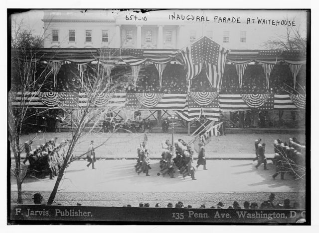 Inaugural parade on Penn. Ave. before White House, F. Jarvis, Publisher / F. Jarvis, Publisher