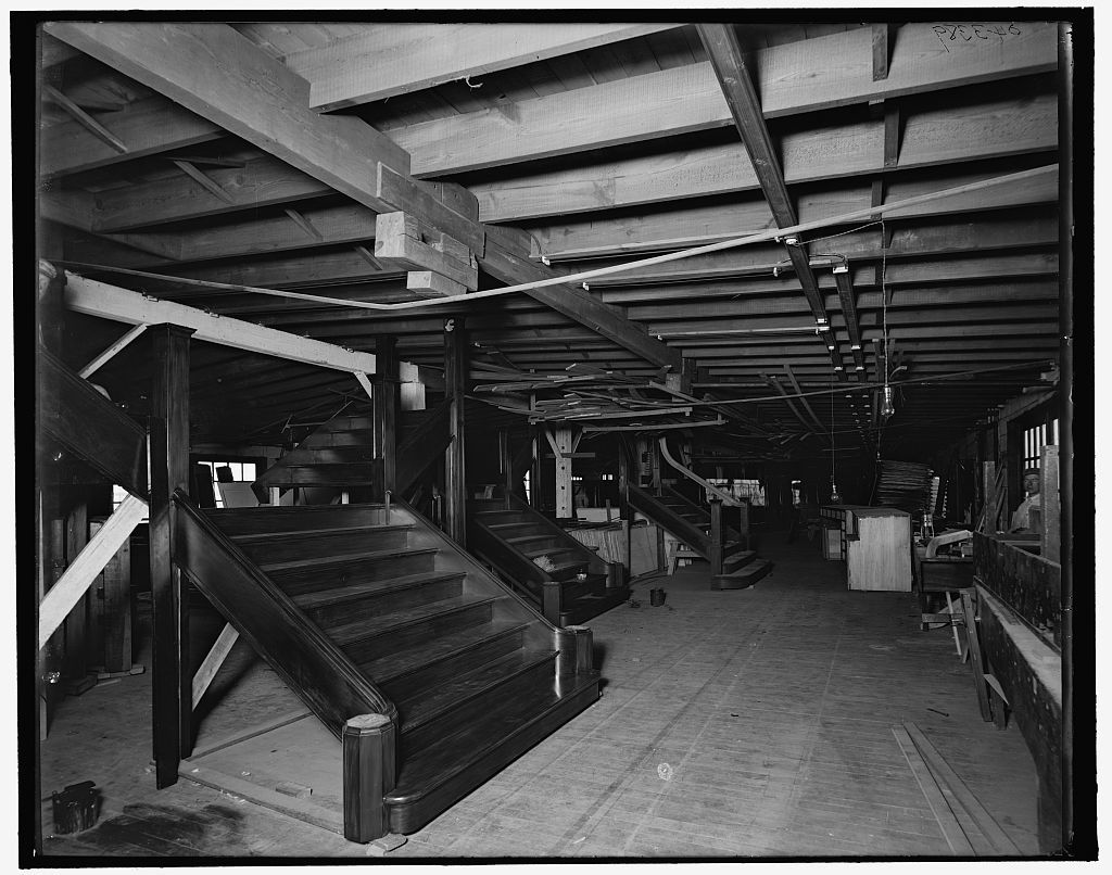 [Interior of finishing shop, Detroit Ship Building Co.]