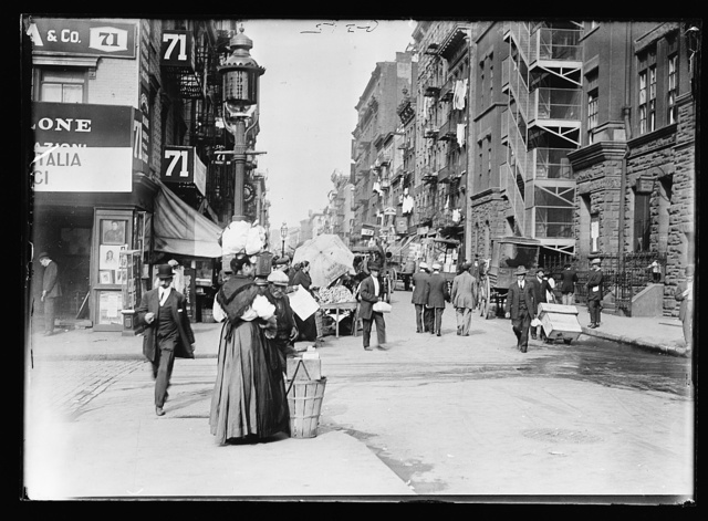 [Italian neighborhood, Mulberry Street, New York]