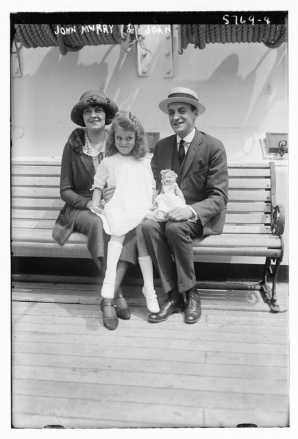 John & Joan Murray with dau.