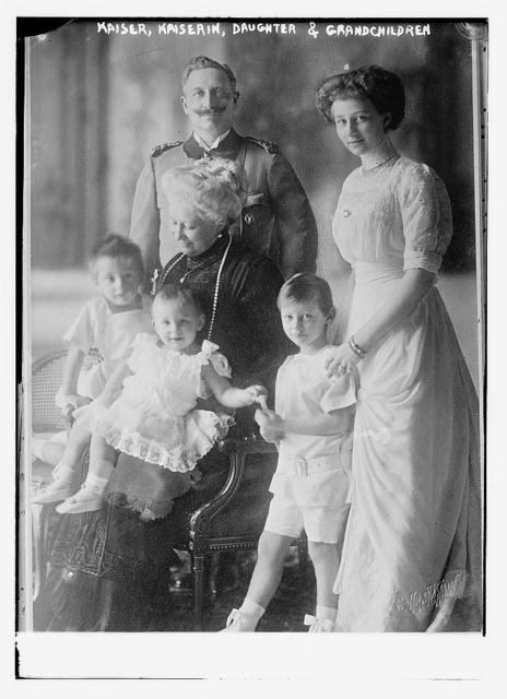 Kaiser, Kaiserin, daughter and grandchildren