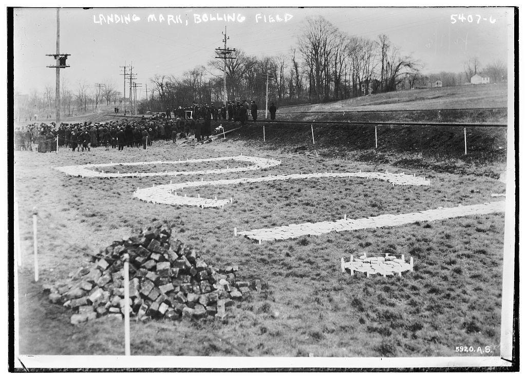 Landing mark, Bolling field