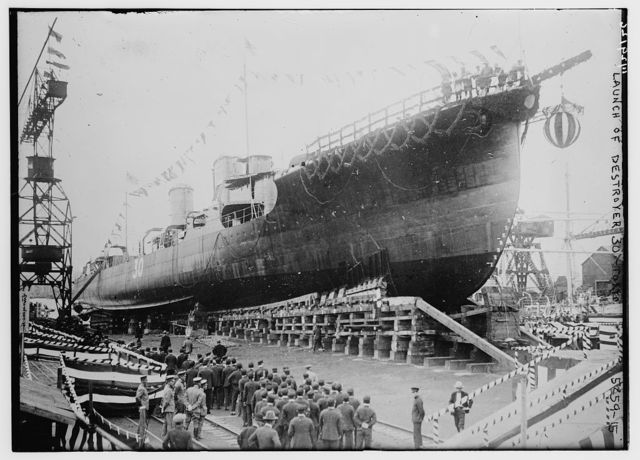 Launch of destroyer 30 -- Tokyo