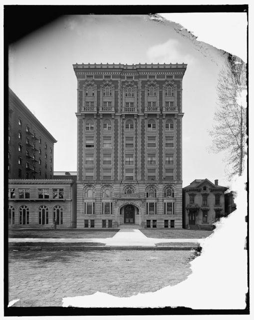 [Lenox Apartments, Detroit, Mich.]