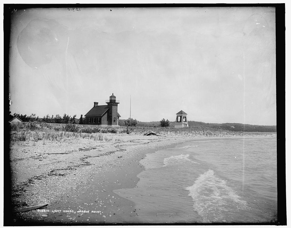 Light house, Harbor Point