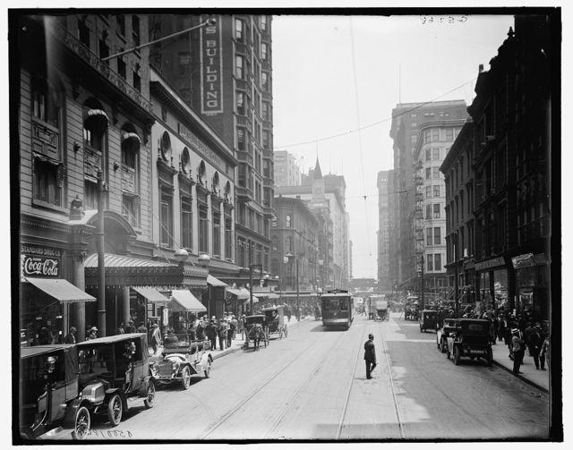 [Madison Avenue & Brevoort Hotel, Chicago, Ill.]