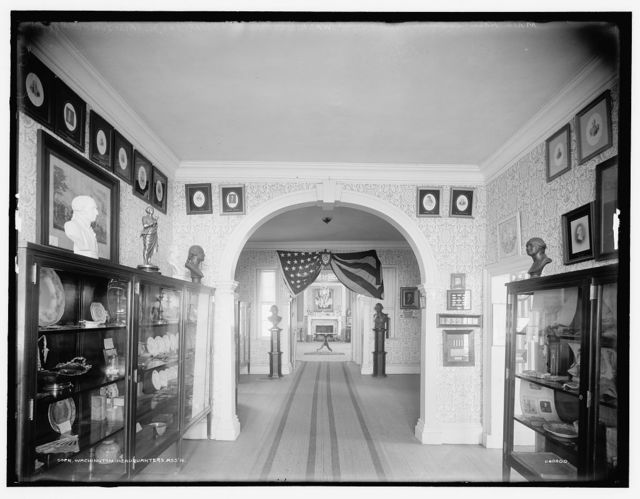 Main hall looking north, Washington's headquarters, Morris Jumel Mansion