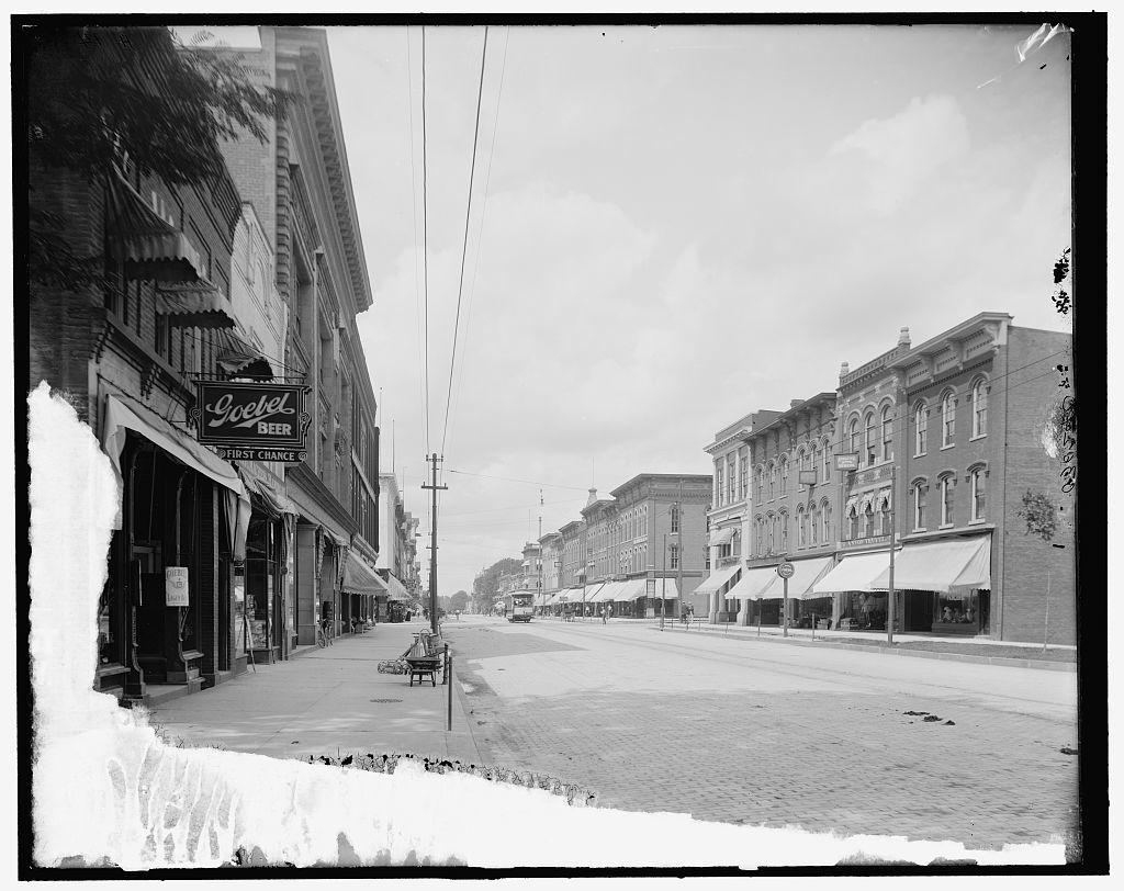 [Main Street, looking north, Ann Arbor, Mich.]