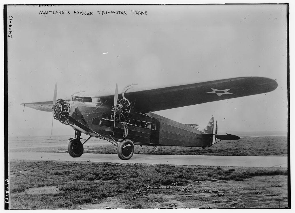 Maitland's Fokker Tri - motor plane