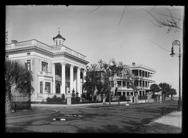 [Mansions in Charleston, S.C.]