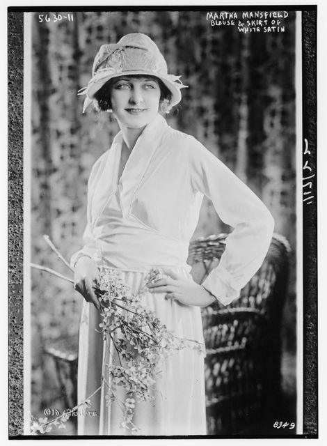 Martha Mansfield (Models blouse and skirt of white satin)