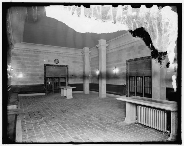 [Men's room, Grand Central terminal, New York Central lines, New York, N.Y.]