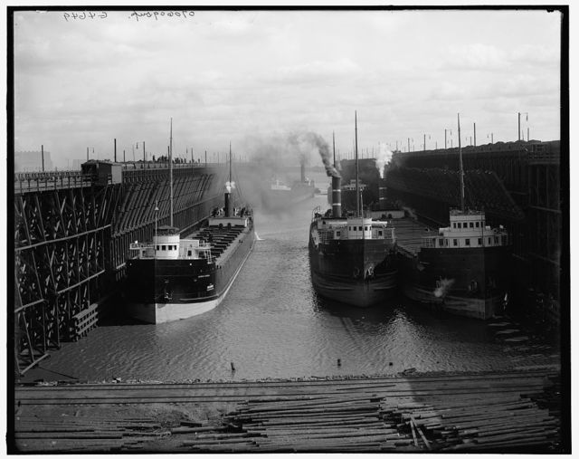 Mesaba [i.e. Missabe] ore docks, Duluth, Minn.