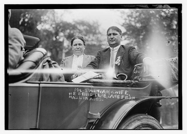 M.L. Sullivan & wife in auto