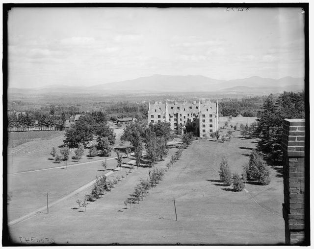 [Mount Mansfield from the University of Vermont grounds, Burlington, Vt.]