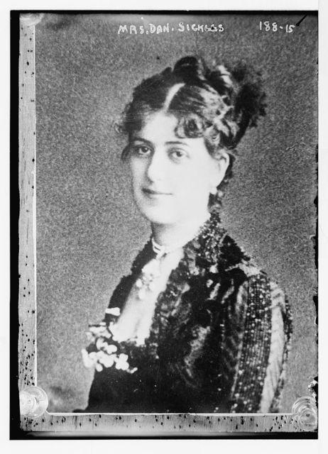 Mrs. Dan. Sickles, portrait bust