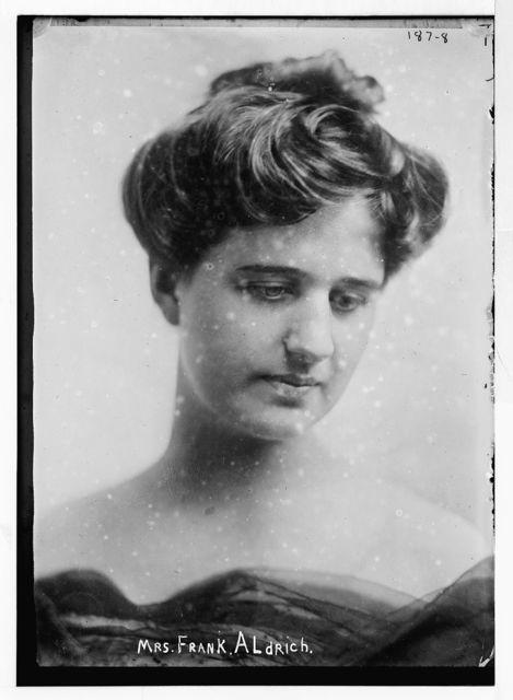 Mrs. Frank Aldrich, portrait