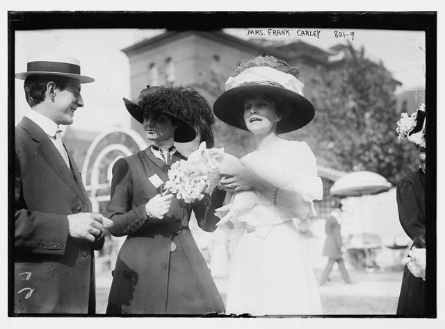 Mrs. Frank Carley, and others, at Hope Farm Fair