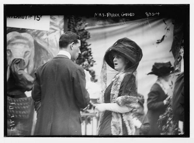 Mrs. Frank Gould, and unidentified gentleman, Hope Farm Fair