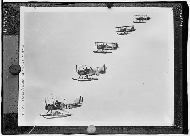 Naval torpedo planes in echelon at Hawaii